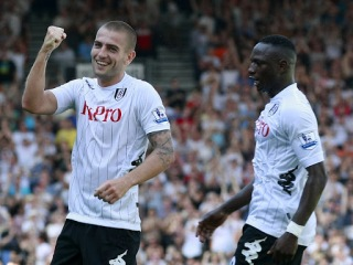 Mladen Petric celebrating for Fulham